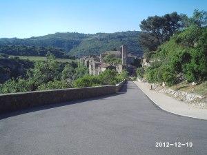 La route menant à Minerve